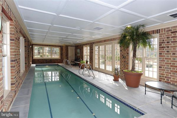 Gorgeous Colonial offers sweeping water views luxury properties