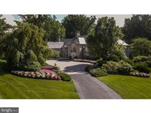 magnificent estate Nestled in the hills of Chateau Country luxury real estate