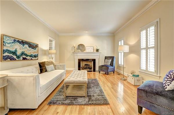 gorgeous brick home in Rivergate luxury homes