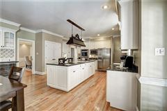 gorgeous brick home in Rivergate luxury real estate