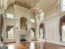 Mansions in impressive Provincial style estate