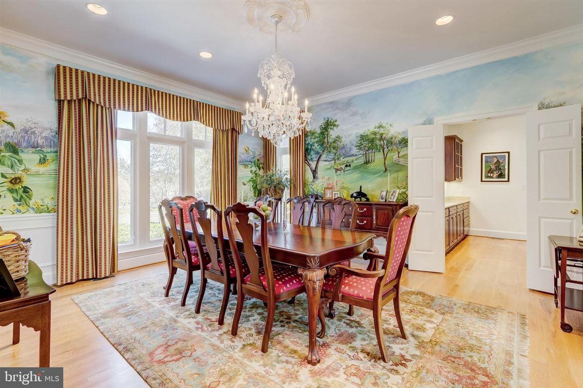 Enormous, magnificent Estate luxury real estate