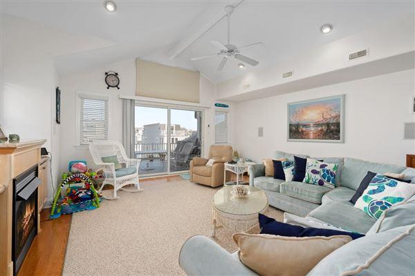 Stunning Beach Block home luxury homes