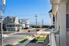 Mansions Stunning Beach Block home