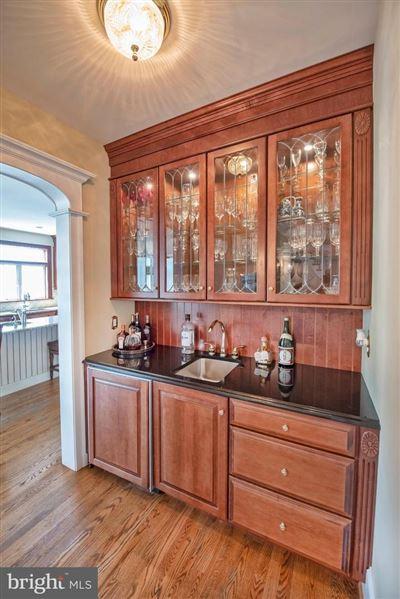 Wonderful grand-scale home in Newlin Greene luxury properties