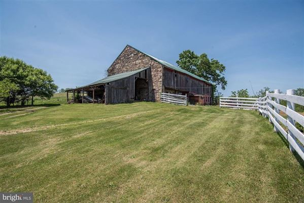 Mansions in 92 acre farm with 1776 historic stone home