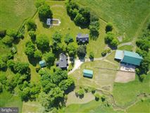 Mansions 92 acre farm with 1776 historic stone home