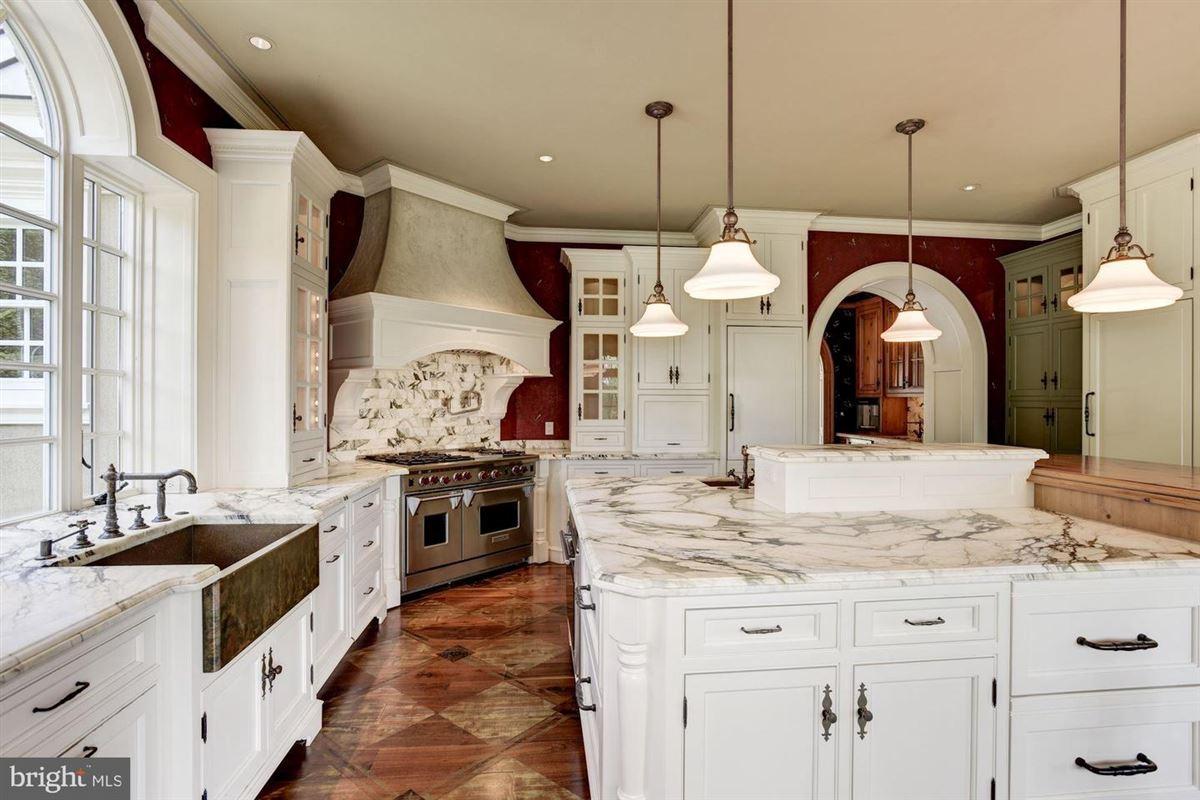 Luxury properties elegant mansion with 144 farm acres