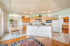 Luxury real estate Chesapeake Bay waterfront home in Shady Side
