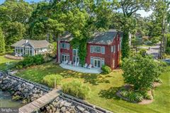 Luxury properties Chesapeake Bay waterfront home in Shady Side
