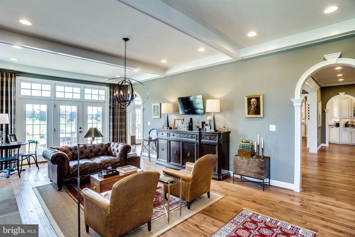 Luxury real estate Exquisite former model home