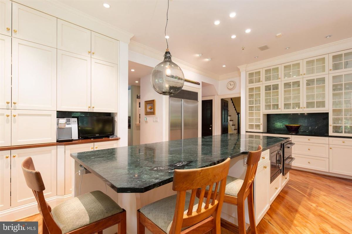 this architectural gem has undergone careful renovation andpreservation mansions