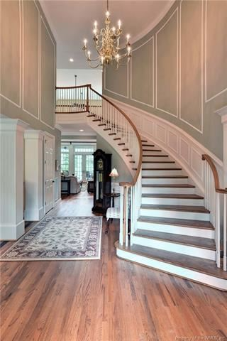 Luxury homes Outstanding golf-front home in Fords Colony