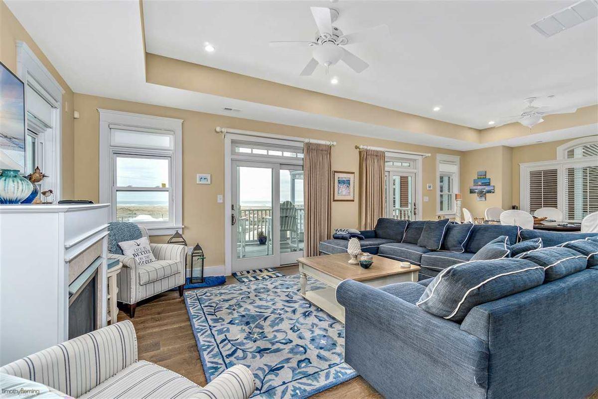 Breathtaking custom built 4 bedroom luxury properties