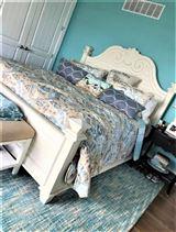 Mansions in Breathtaking custom built 4 bedroom