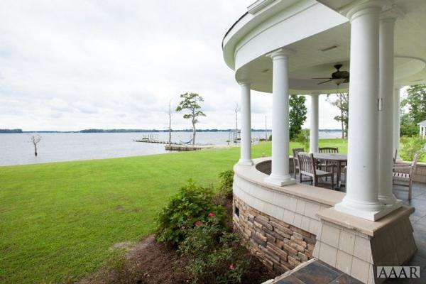 Luxury properties Pristine Home in Elizabeth City