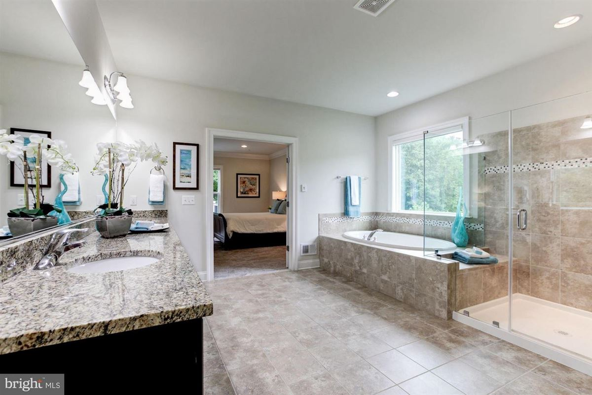 Luxury homes in Headturning Compton model