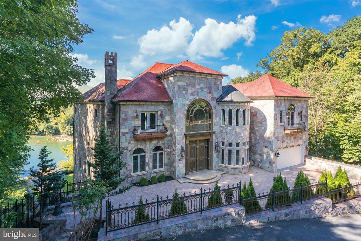 Luxury real estate CASTLE ON THE RIVER
