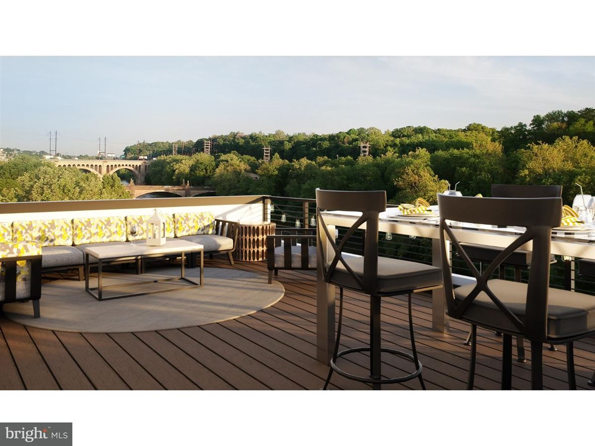 Luxury homes urban-style townhome in Manayunk