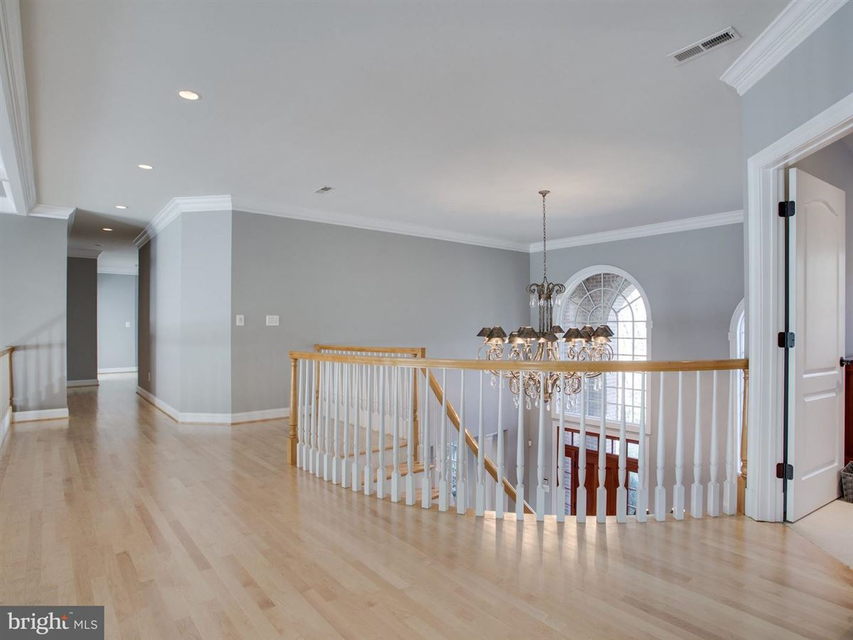 Exquisite Colonial in Bluff Point on the Severn River mansions