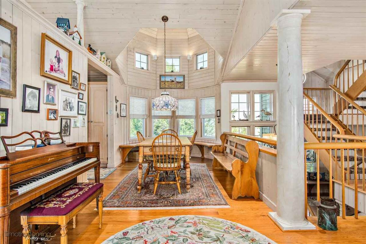 Luxury properties Soaring Heights