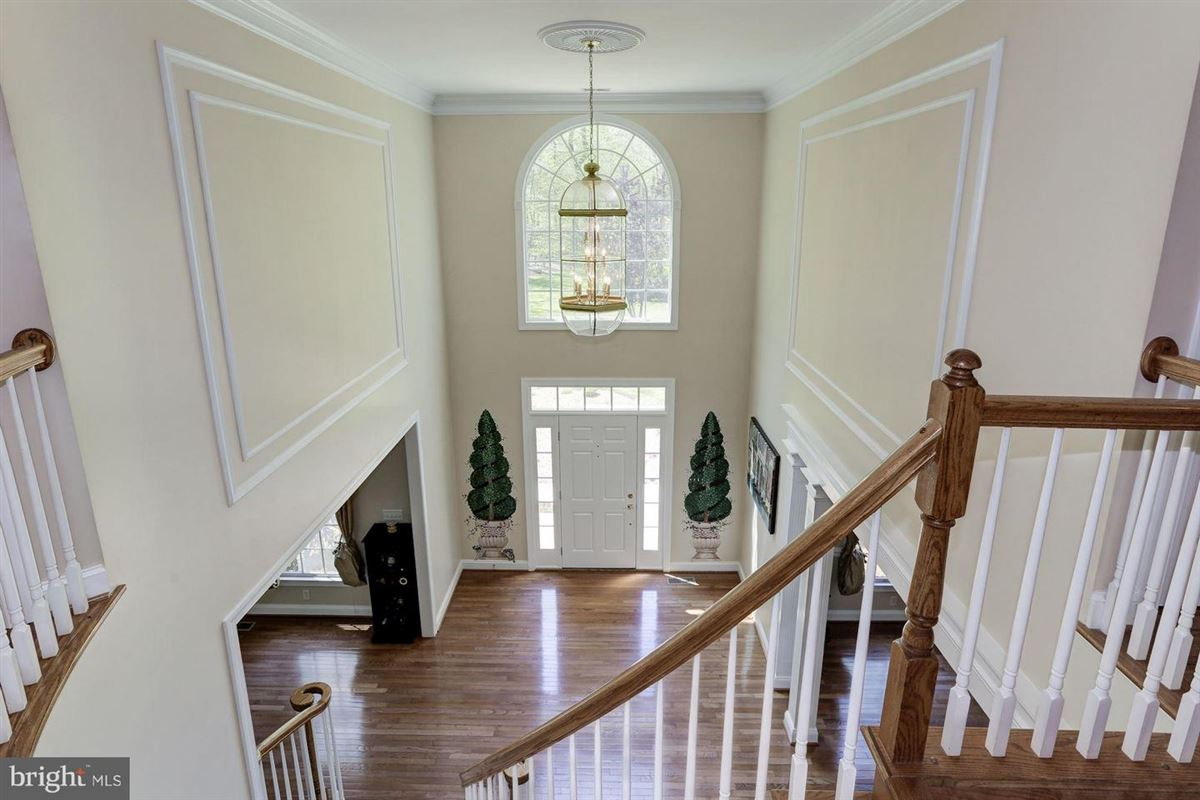 Mansions in immaculate home on private two-acre lot