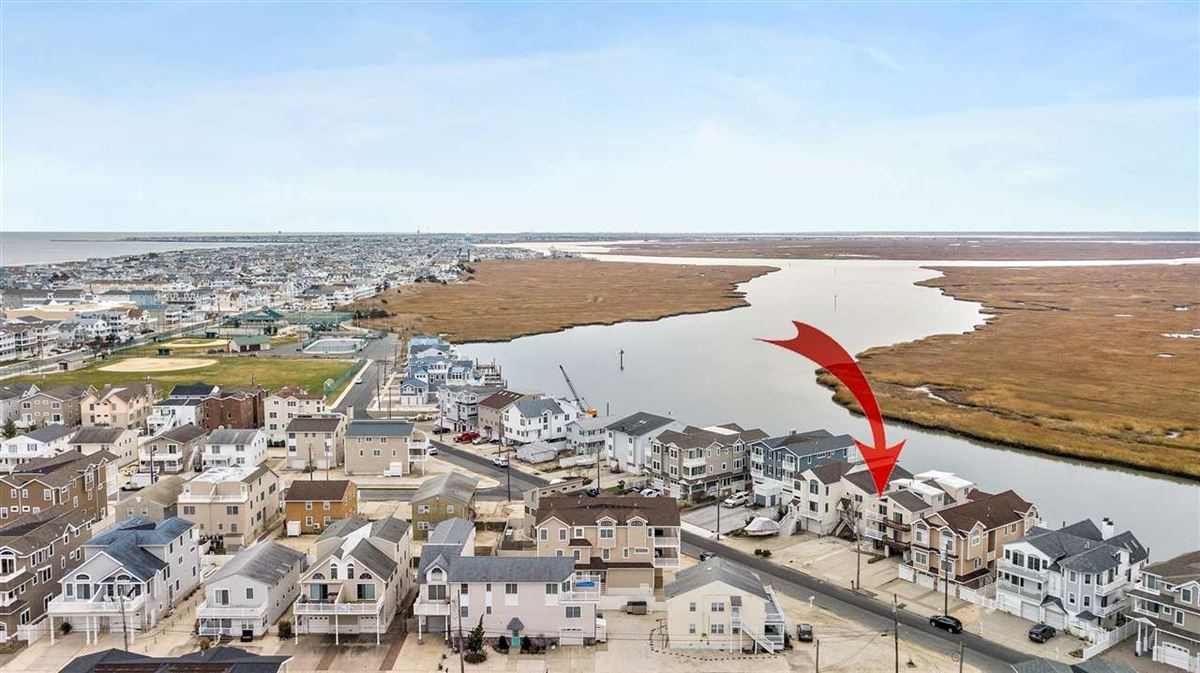Mansions Bayfront townhouse opportunity