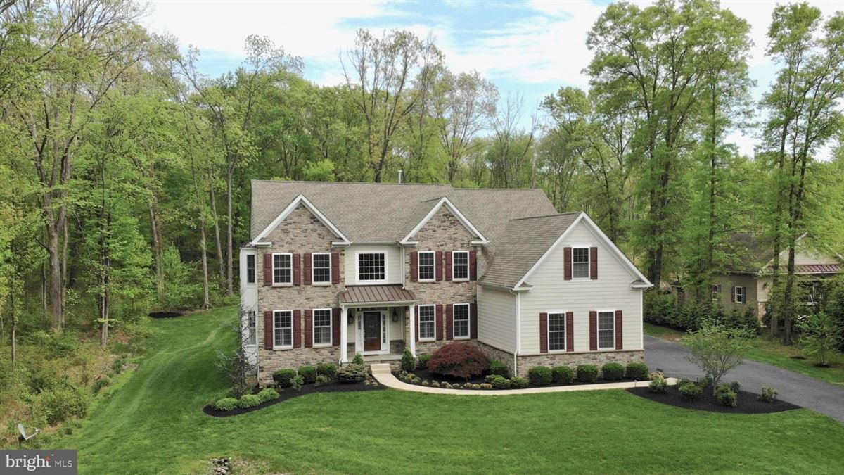 Luxury properties  111 Rose Lane in Horsham Township