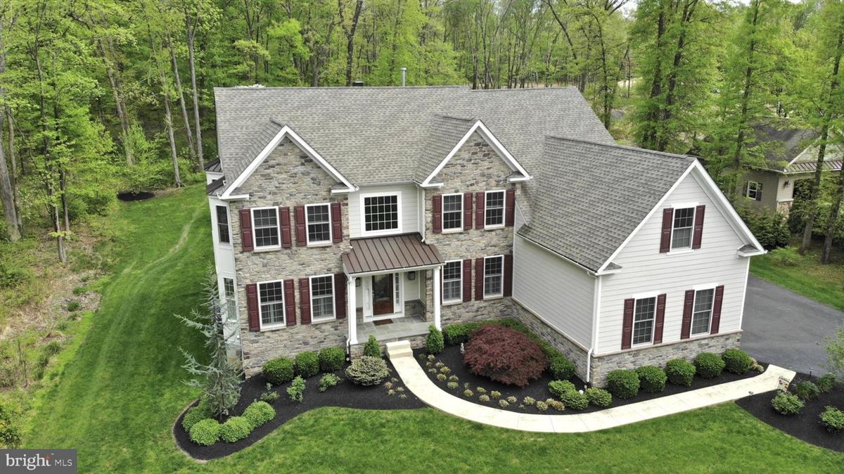 Luxury real estate  111 Rose Lane in Horsham Township