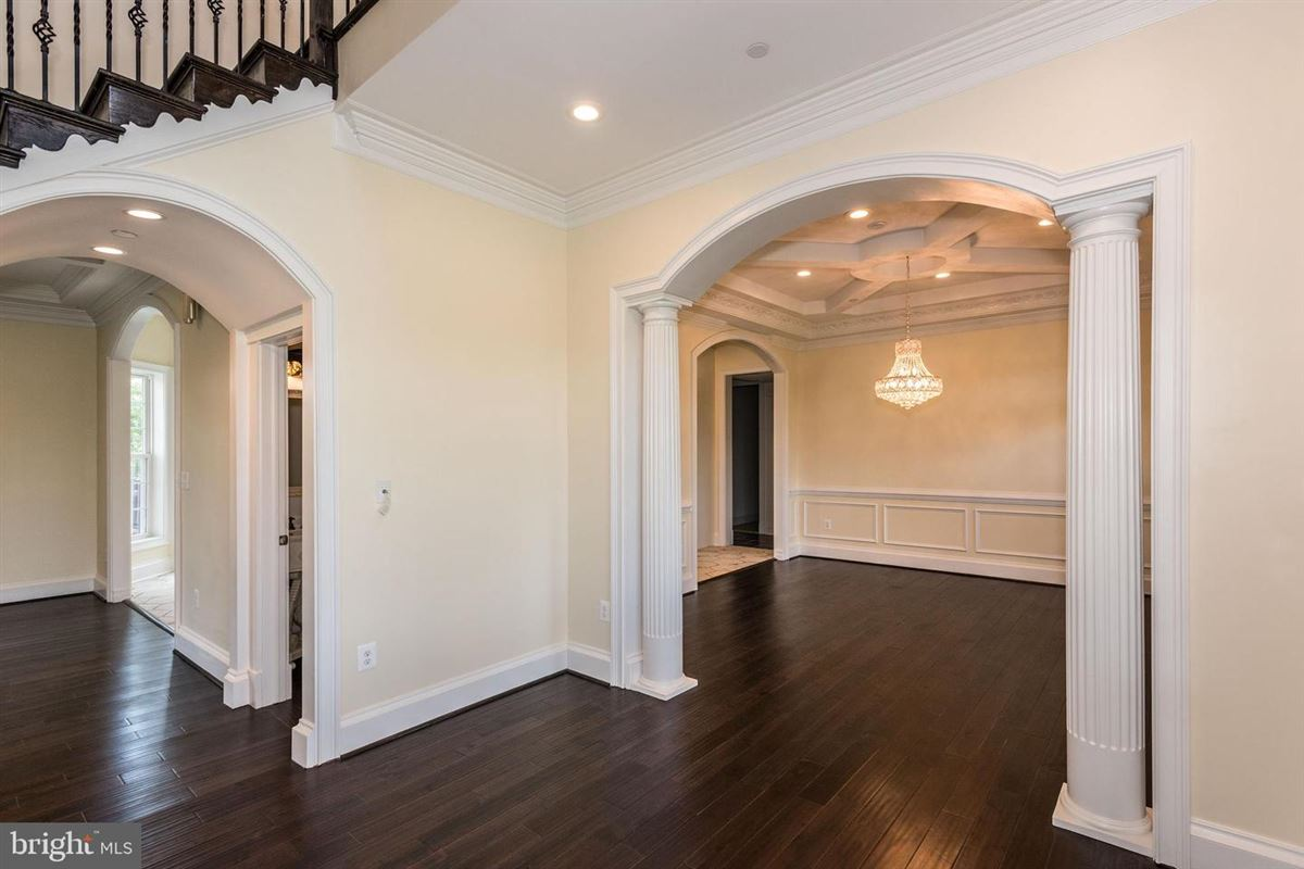 Luxury real estate beautiful new home in serene boyds
