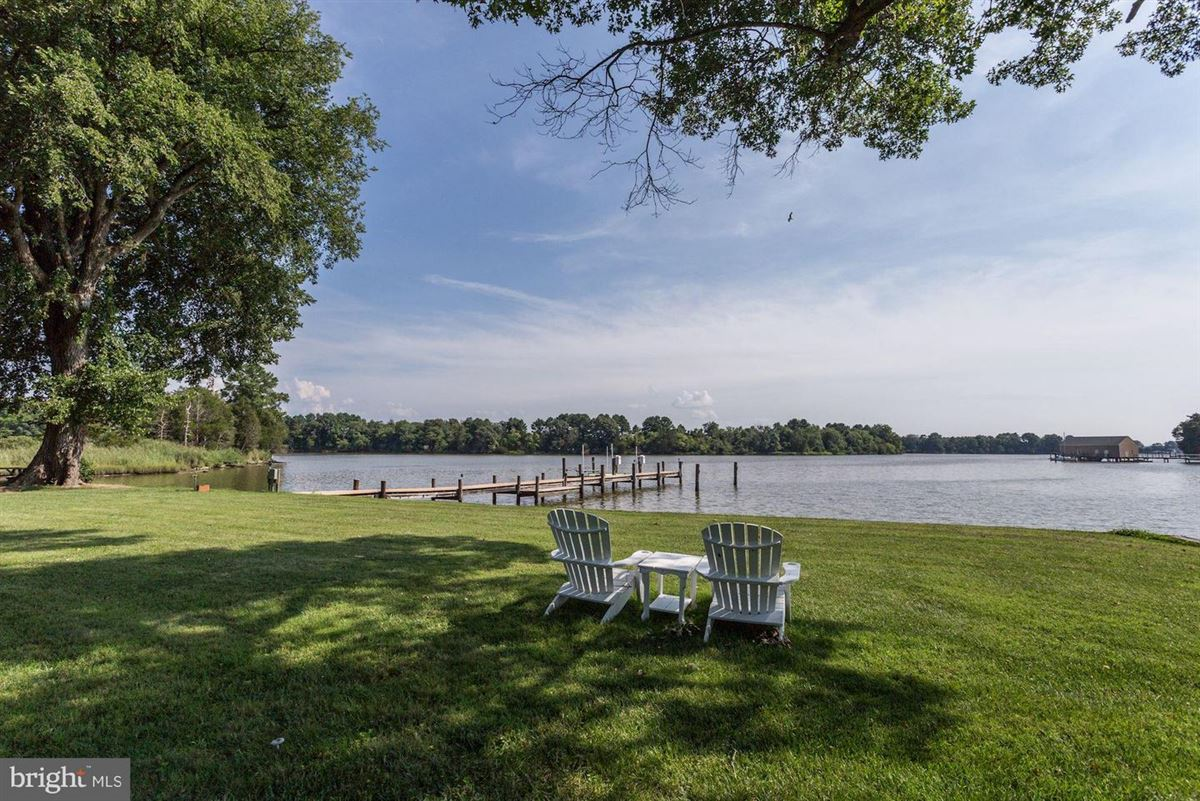 Luxury properties a beautiful 30-plus acre waterfront estate