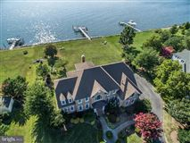 magnificent waterfront property luxury homes
