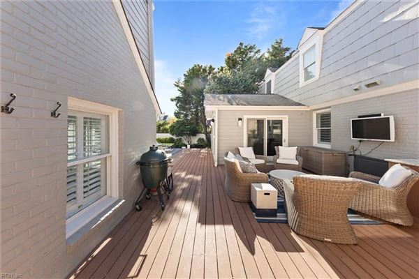 Luxury properties  immaculate, comforting single family home