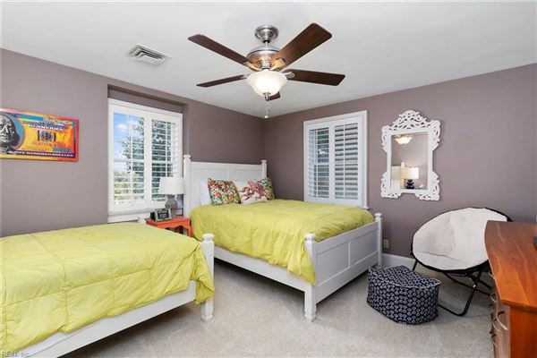 Luxury real estate  immaculate, comforting single family home