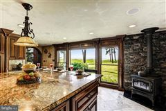 Completely remodeled luxury waterfront on 50 acres luxury properties