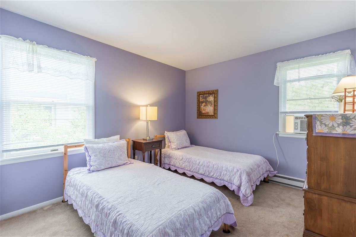 Luxury real estate spacious six bedroom beach block property