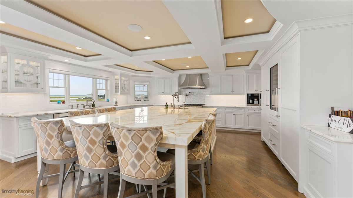 Luxury homes Spectacular and Unique Bayfront compound