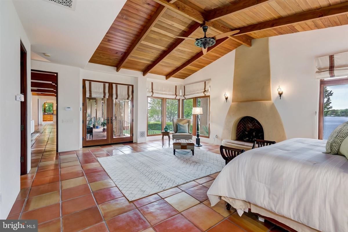 Casa Inala luxury real estate