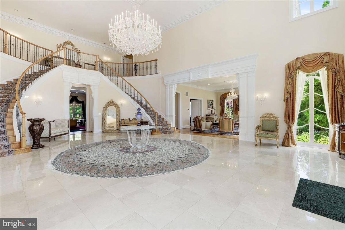 Luxury real estate the best in luxury living