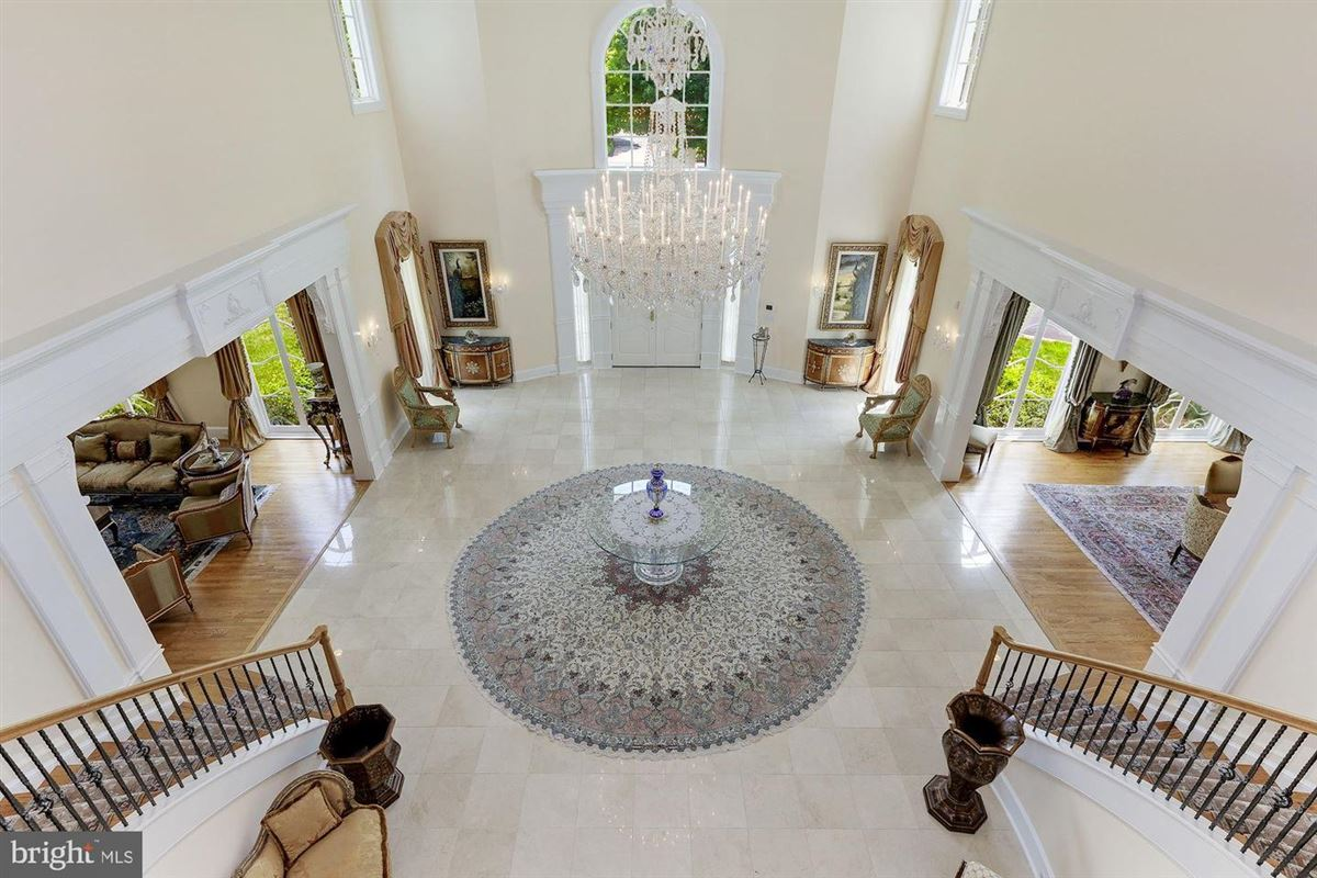Luxury homes in the best in luxury living