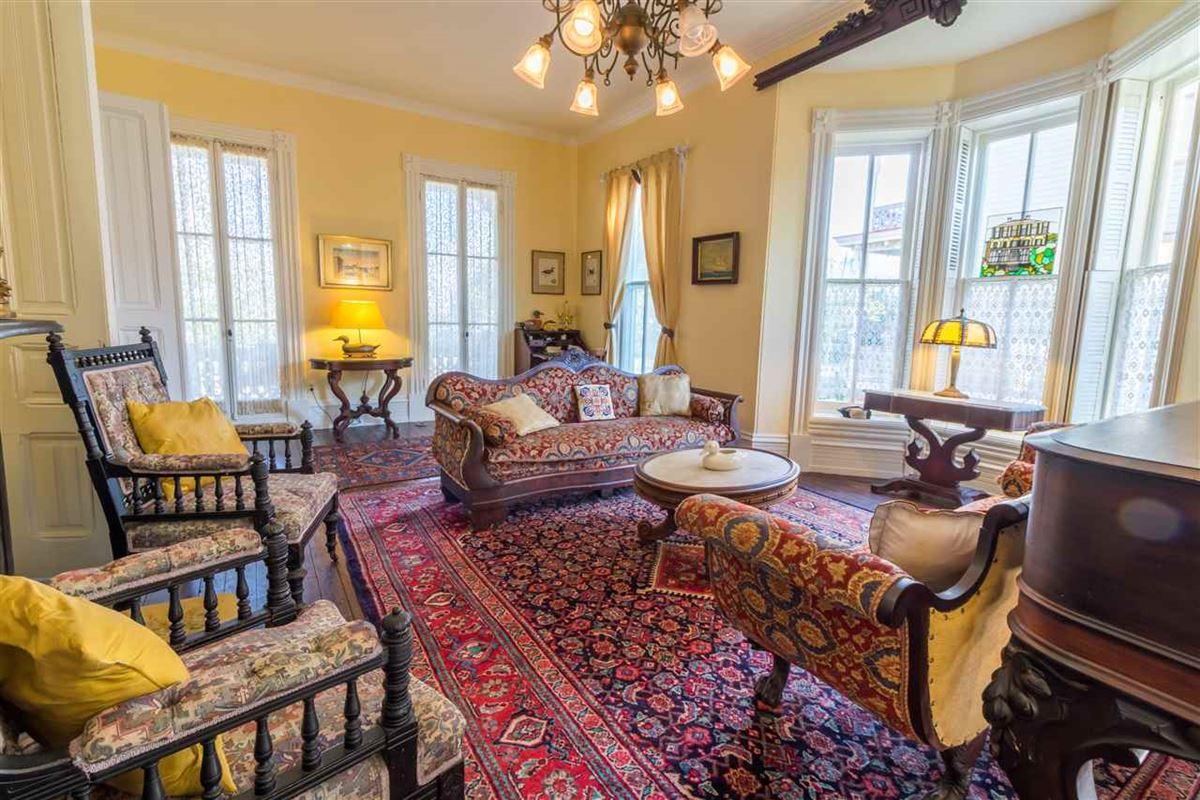 Luxury homes the Joseph Evans Cottage