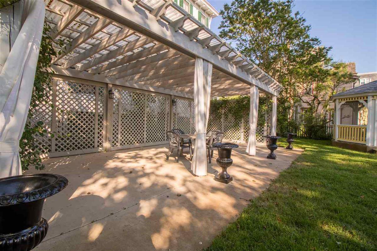 Luxury properties the Joseph Evans Cottage
