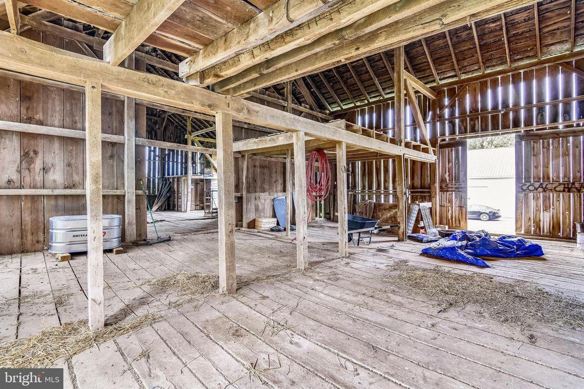 Greenland Farm - historic 12-plus acre estate luxury properties
