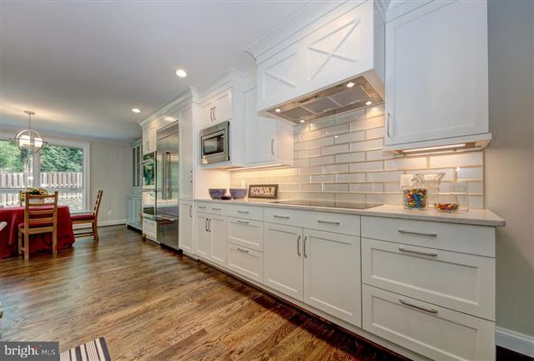 unique custom home in cabin john luxury homes