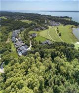 Mansions outstanding property in Governors Land at Two Rivers
