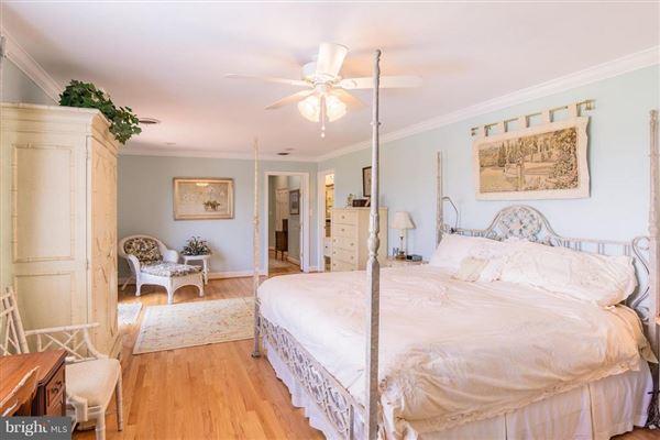 Luxury homes Home Port Manor