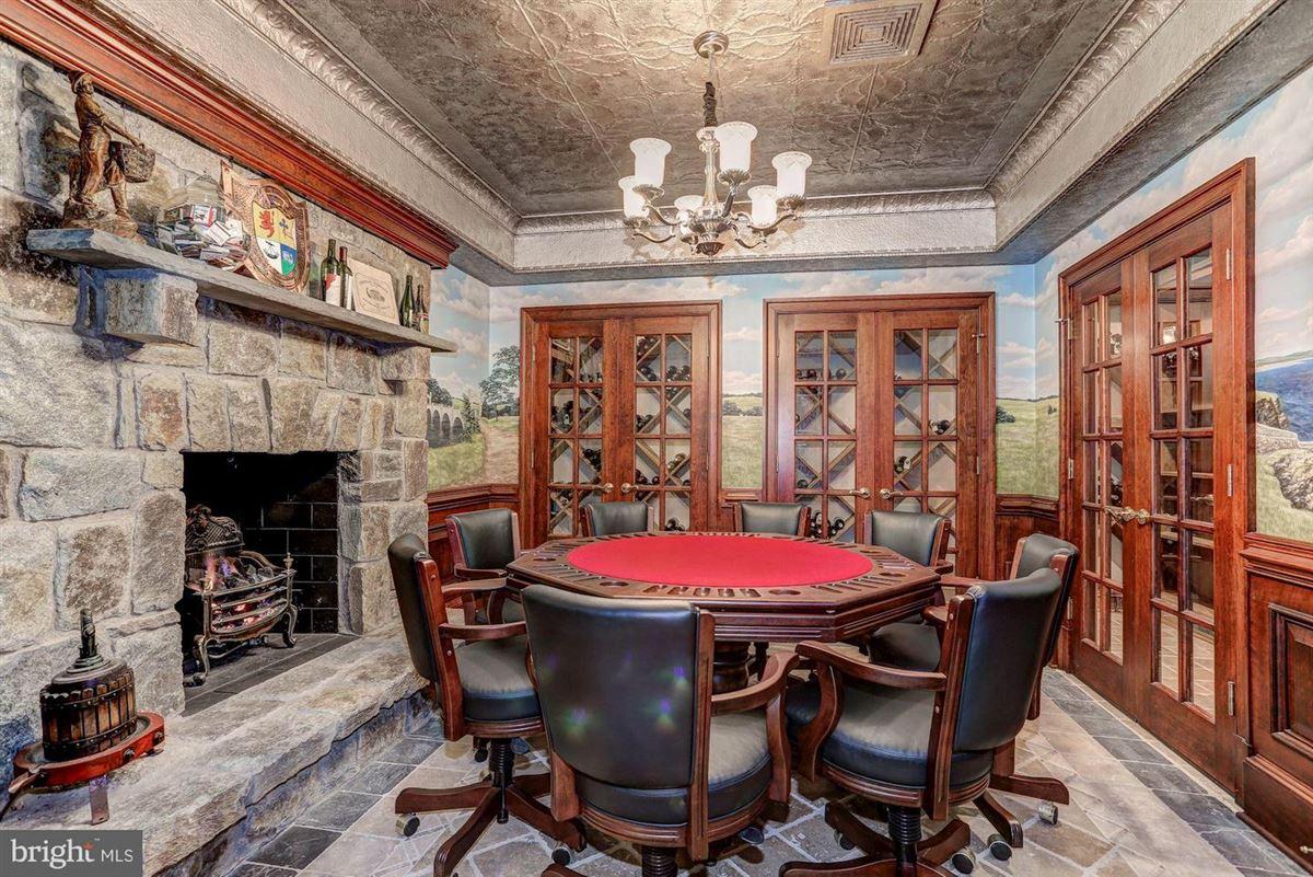 Exquisite Georgian Manor on five-plus acres mansions