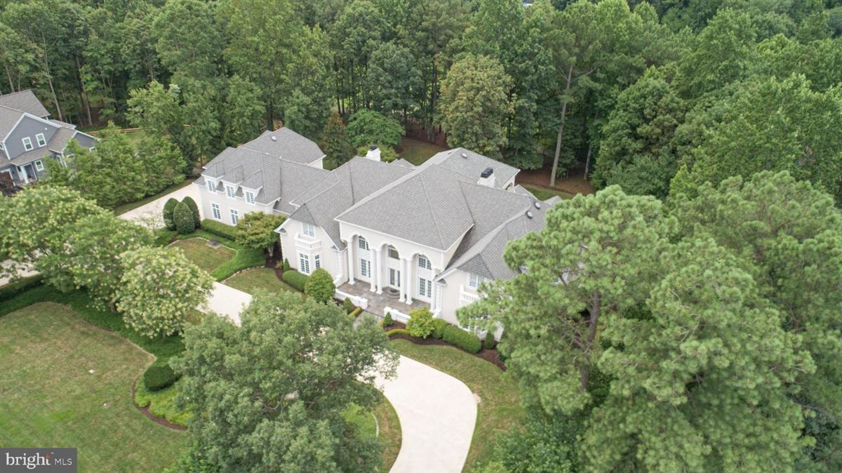 Beautiful custom home with attention to detail mansions