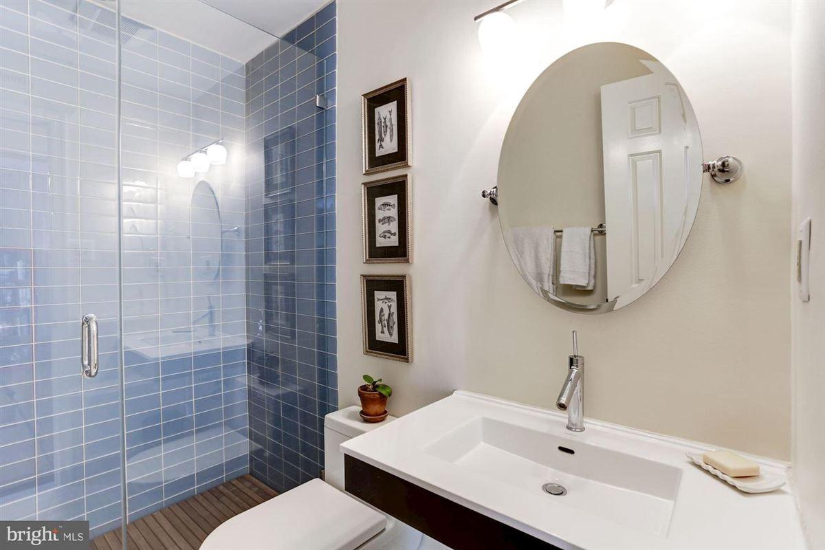 Luxury homes coveted apartment in prestigious Kalorama