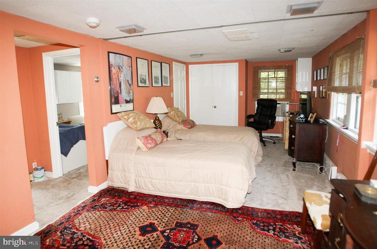 Luxury homes gracious home